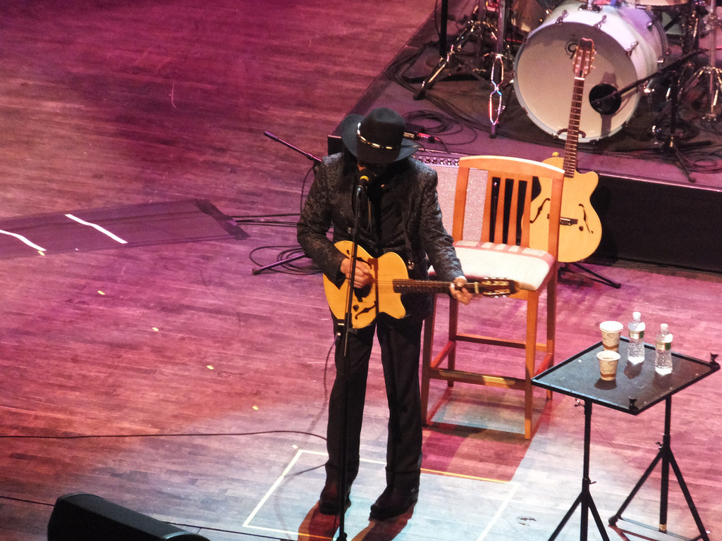 Rodriguez Playing Live